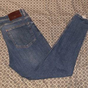 Zara Men's Frayed Hem Skinny Jeans